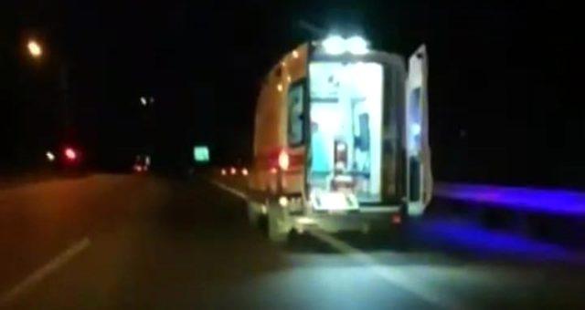 """""""Aracın şoförüyüm"""" deyip hasta taşıyan ambulansı kaçırdı!"""