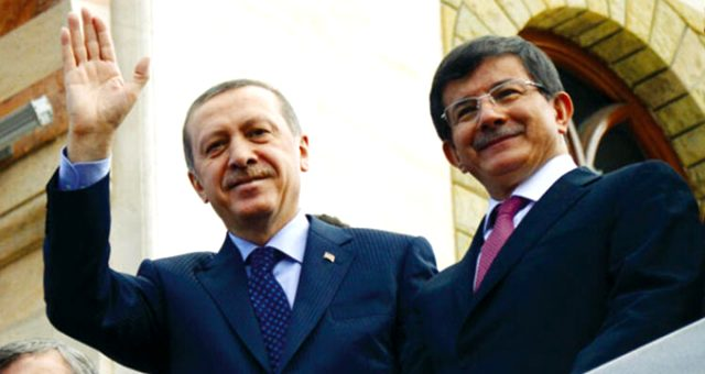 Davutoğlu'nu ihraç etmek konusunda temkinli davranan Erdoğan'ın bu kararı nasıl aldığı ortaya çıktı
