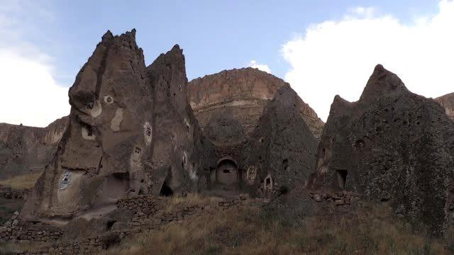 """Kapadokya'nın minyatürü """"Soğanlı Vadisi"""" eski günlerini arıyor"""