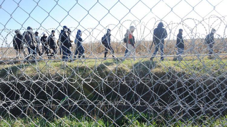 Macaristan'dan İtalya'ya sınır koruma teklifi: 'Bir tek sözün yeter, hemen harekete geçebiliriz'
