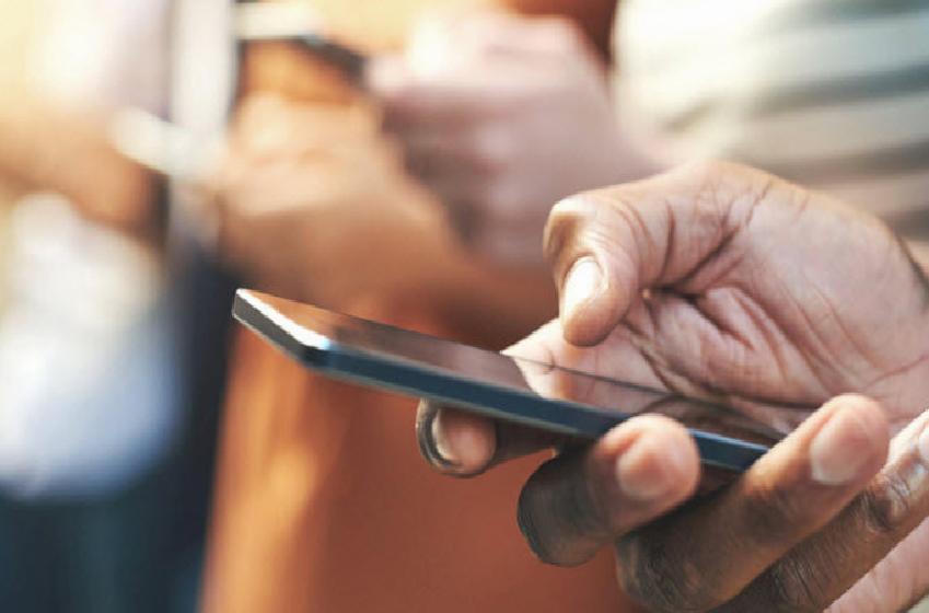Gana'dan mobil cihazlara karşı önlem
