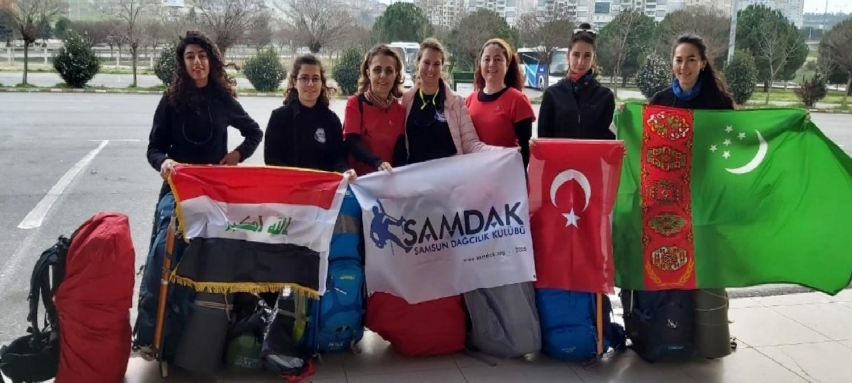 8 kadın sporcudan Dünya Kadınlar Günü zirvesi