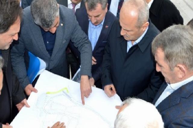 Bakan Turhan Havza'da incelemelerde bulundu