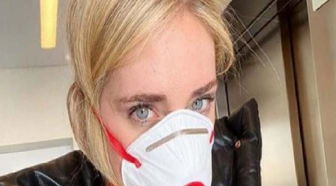 Chiara Ferragni İtalya'da corona virüsünün hızla arttığını, böyle giderse hasta seçmeye başlanacağını belirtti