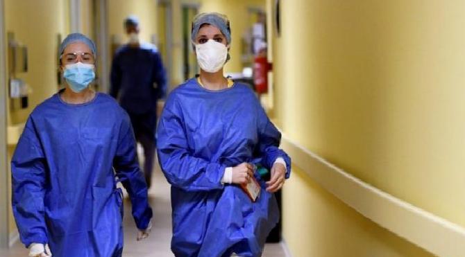 İtalya'daki corona virüsü ölümleriyle ilgili uzmanlardan açıklama!