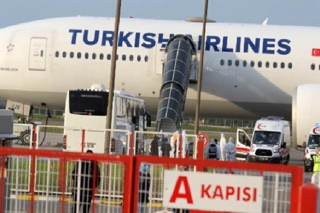 Almanya'dan 289 Türk vatandaşı Samsun'a getirildi
