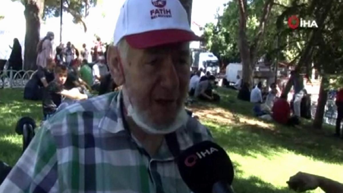 82 yaşında 736 kilometre yolu Ayasofya için geldi