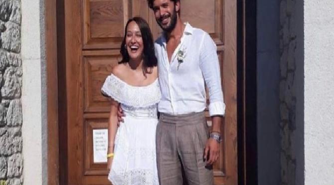 Barış Arduç ve Gupse Özay evlendi
