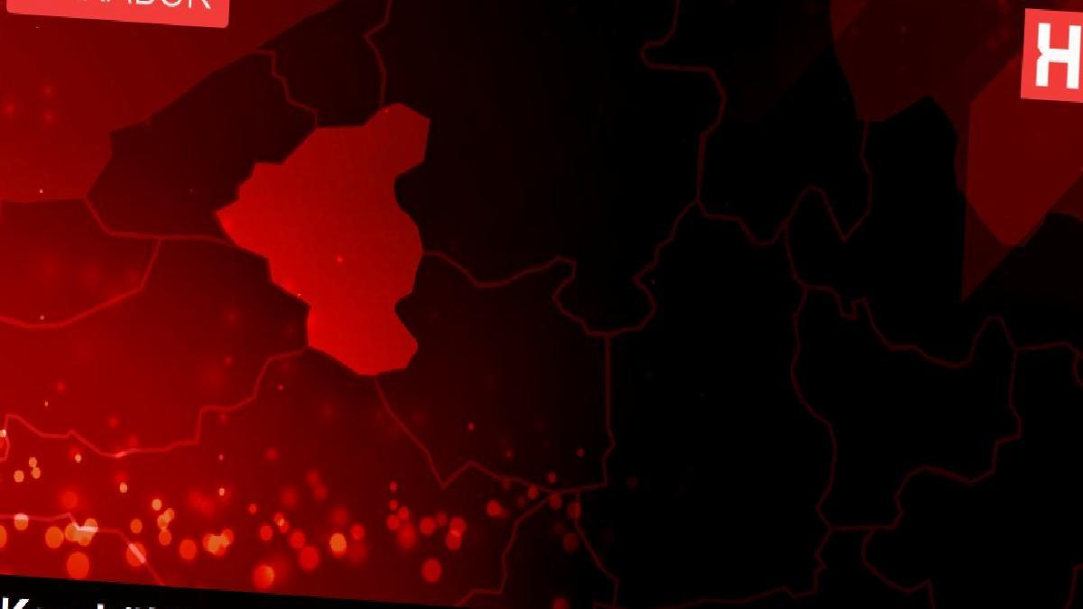 Karabük'te saman yüklü tır devrildi: 2 yaralı