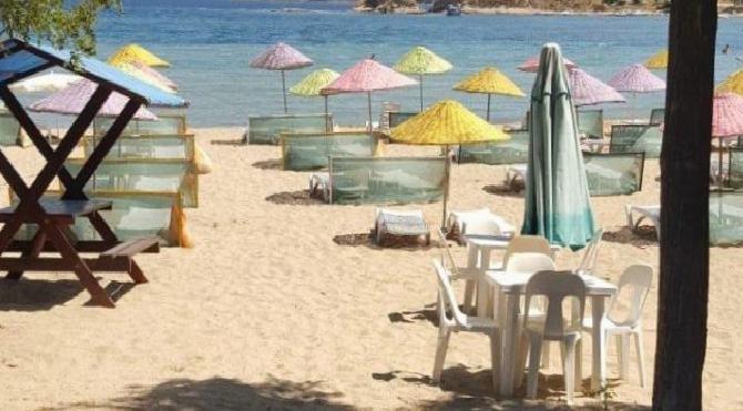 Muhtarlık halk plajını ihaleyle kiraladı, vatandaşlar isyan etti!