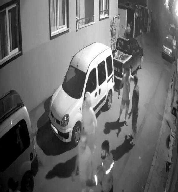 Samsun'da silahlı 'yol verme' kavgası kamerada