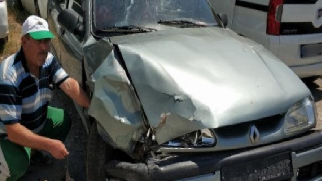 Son dakika haberleri: Samsun'da otomobil kaldırıma çıktı: 1 ölü