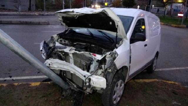 Samsun'da kavşakta trafik kazası: 3 yaralı