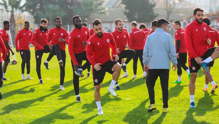 Samsunspor ile Bursaspor tarihlerinde 68. kez birbirlerine rakip olacaklar