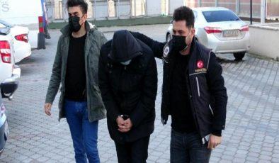 – İstanbul'dan 3 bin 526 adet uyuşturucu hap getirirken yakalandılar