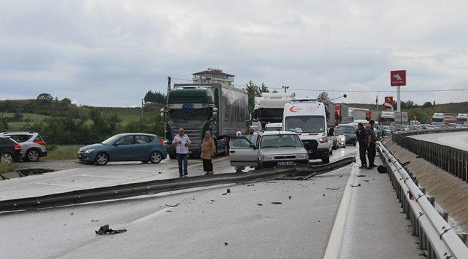 Kastamonu Haber | Kastamonu'da kaza nedeniyle yol kapandı