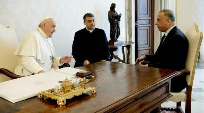 Irak Başbakanı el-Kazımi, Papa Francis ile bir araya geldi