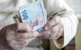 Son dakika: Emeklilerin bayram ikramiyeleri yatırılmaya başlandı